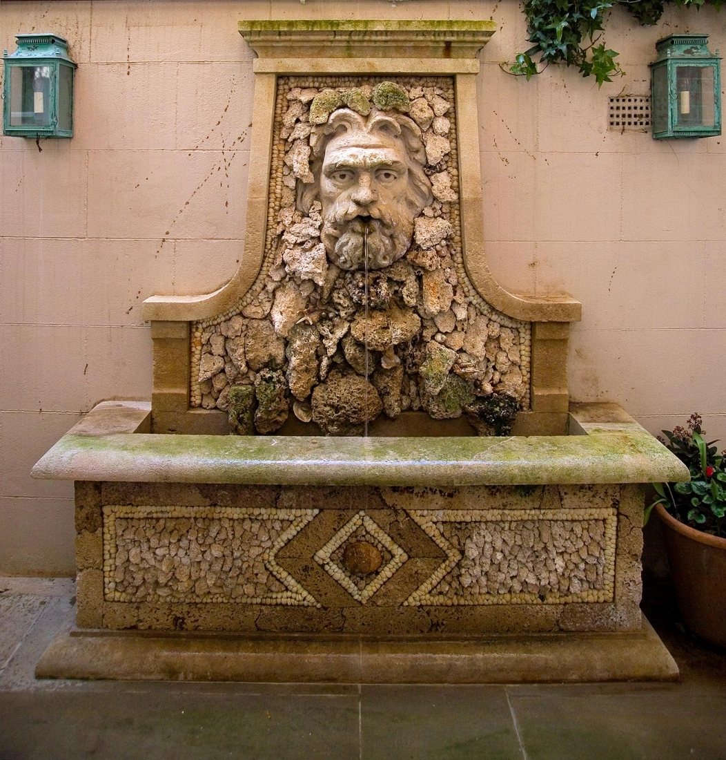 Garden fountain. © Gomez Associates