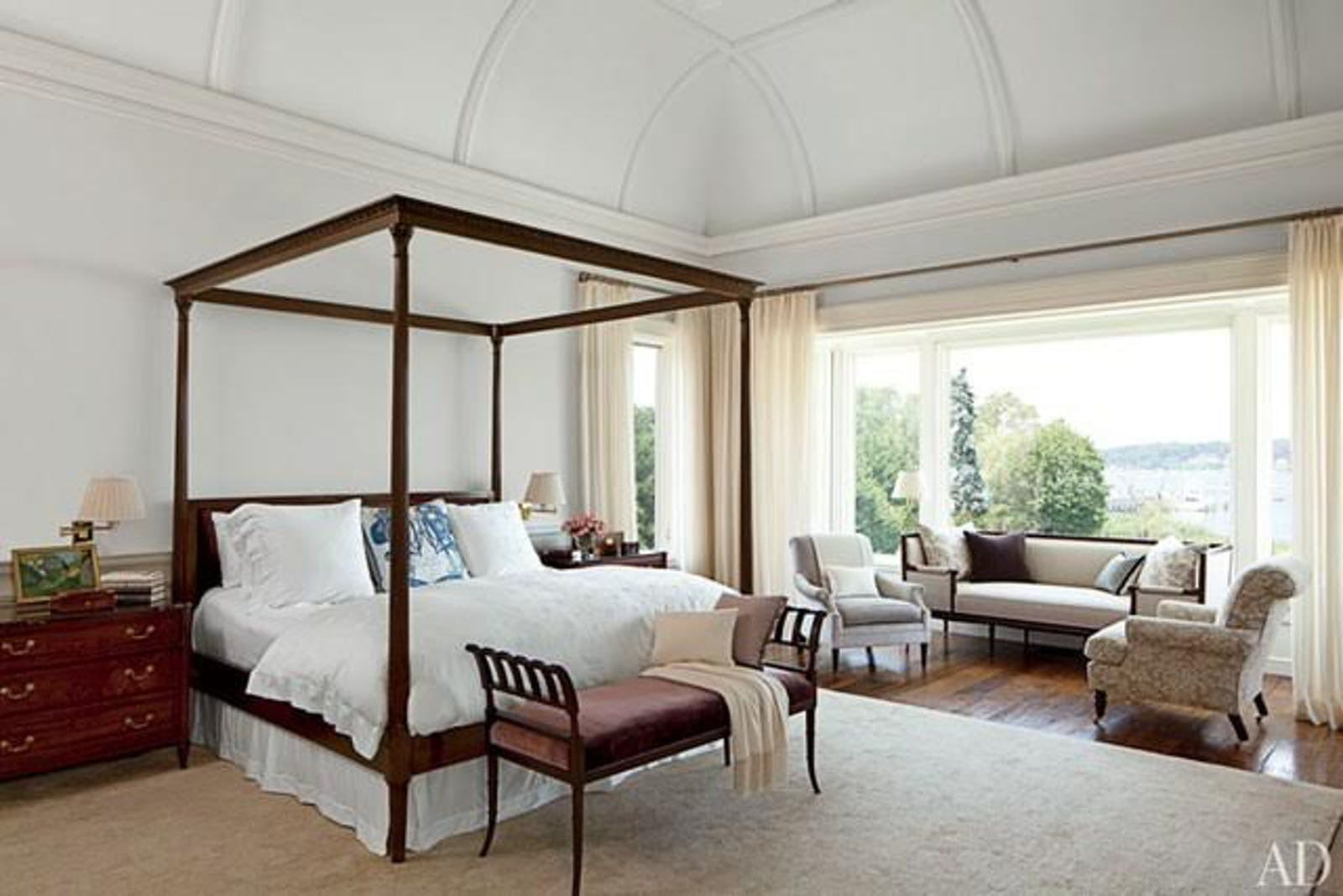 Master bedroom. © Gomez Associates